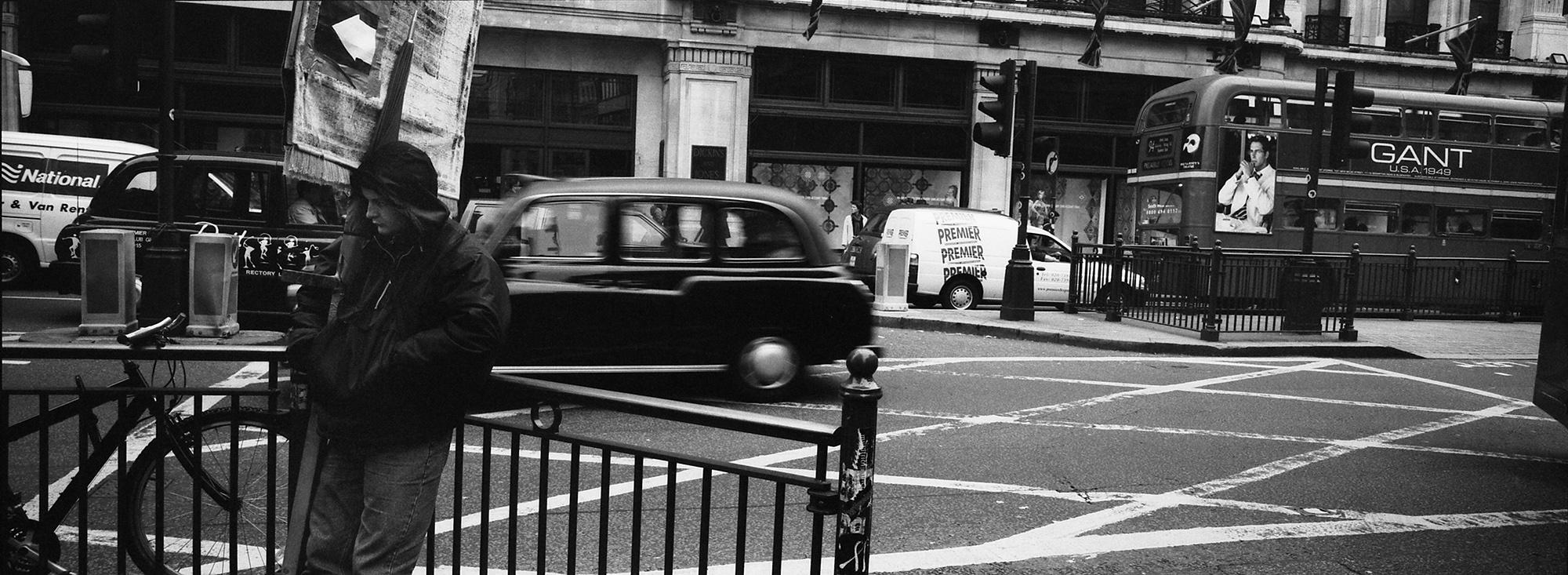londres personal work Hasselblad xpan trip Kodak palicula blanco y negro reportaje